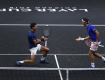 "(VIDEO) Novak ""gađao"" Federera: Zato ne igramo dubl, brate"