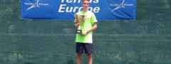 TENISKE NADE (u16): Jevtiću i Vidovićevoj trofeji u Nikšiću