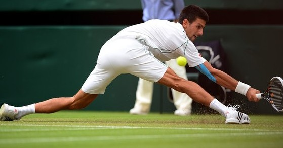 Novak Djokovic Vimbldon (Photo credit should read LEON NEAL/AFP/GettyImages)