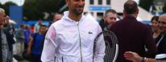 Novak igra odložen meč, dame se bore za polufinale, nebo donosi kišu…